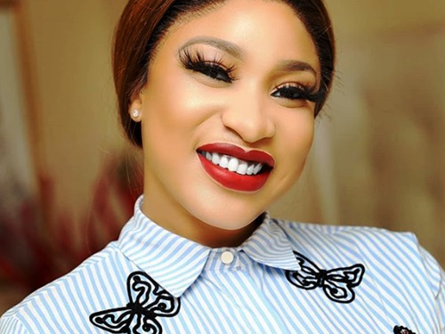Tonto Dikeh shares photo of her Arabian lover posing with a tiger