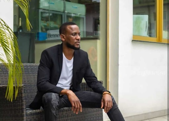 Omashola Warns Suicidal People To Stay Off His DM (Video)