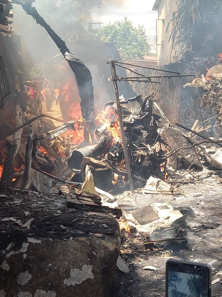 PICS: Helicopter Crashes In Residential Area In Acturus | Breaking News