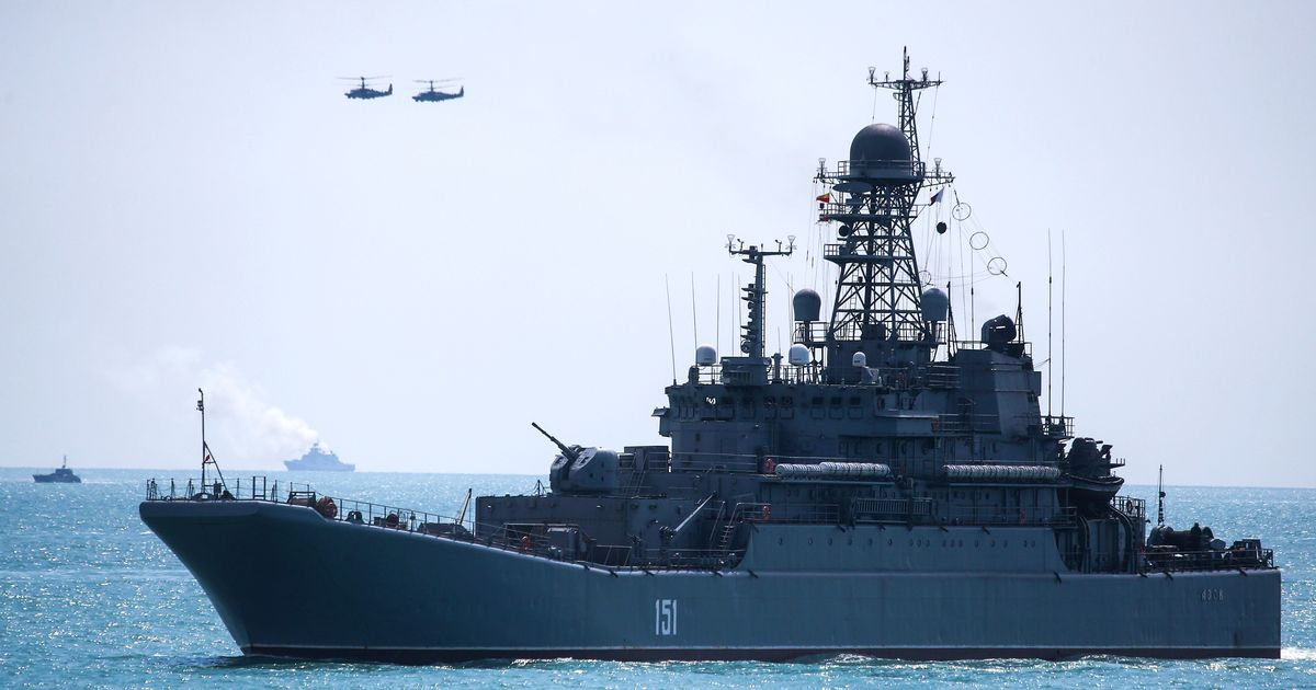 Vladimir Putin building 'high-tech stealth ships' to 'avoid detection in enemy waters'