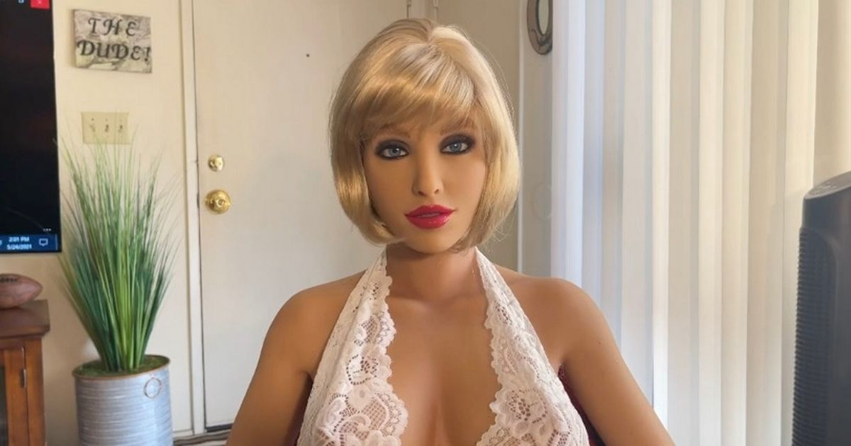 Sex robot boasts she helped buyer find new 'mate' by making him 'more confident in bed'