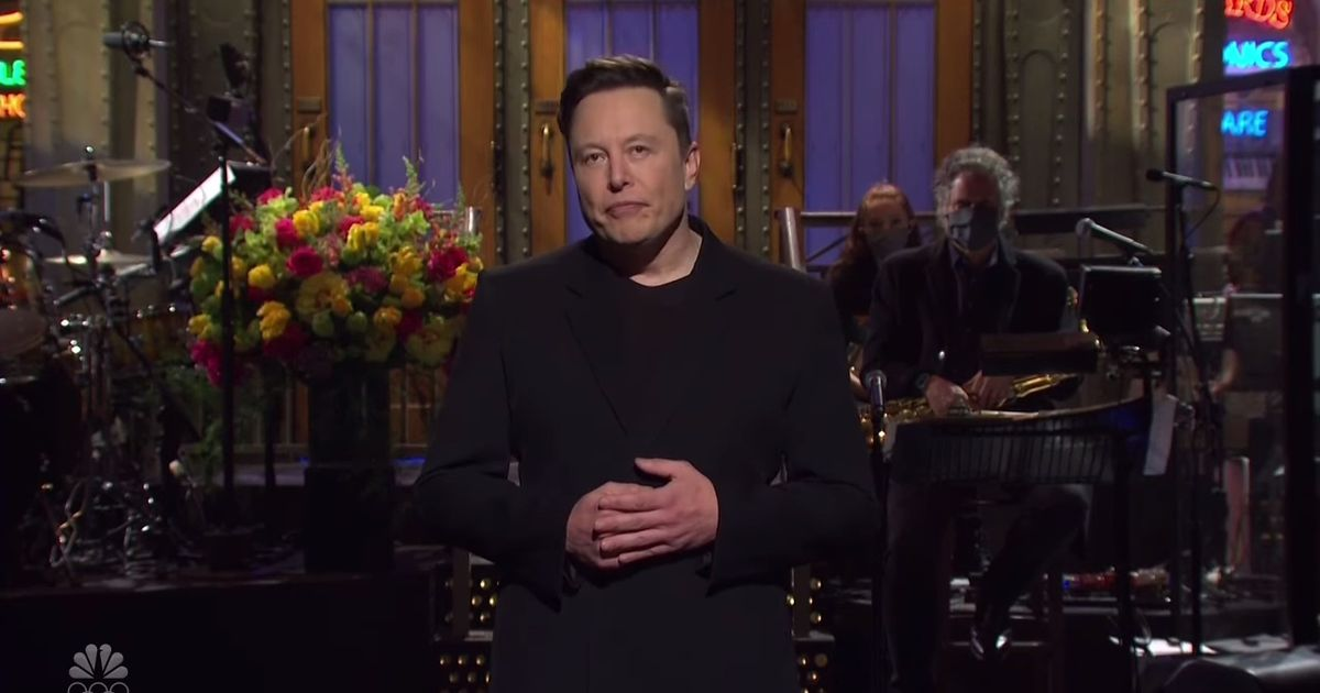 Elon Musk 'admits' he has Asperger's in 'world first' Saturday Night Live monologue