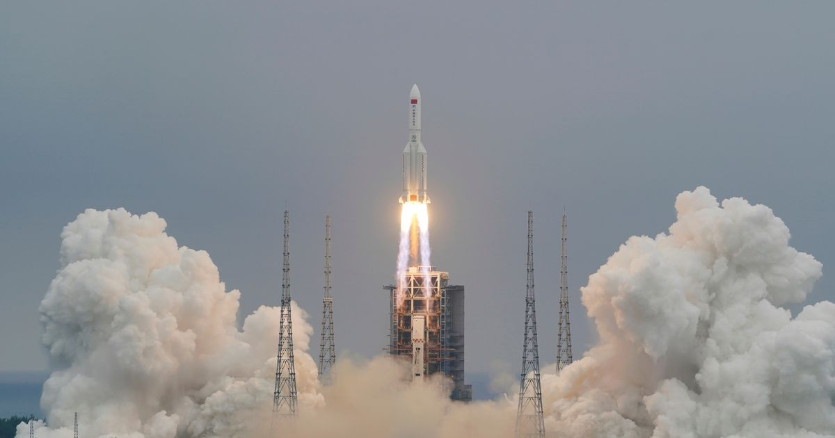 All eyes on 18-tonne Chinese rocket falling to Earth tonight in 'uncontrolled re-entry'
