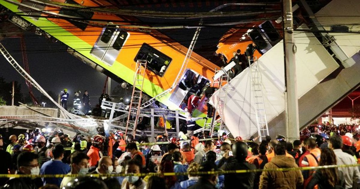 Mexican overpass collapses, killing 15 as passengers remain trapped in subway cars