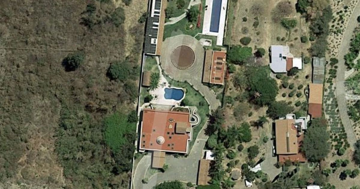 Google Maps user finds 'narco druglord's house' in Mexico sparking huge debate