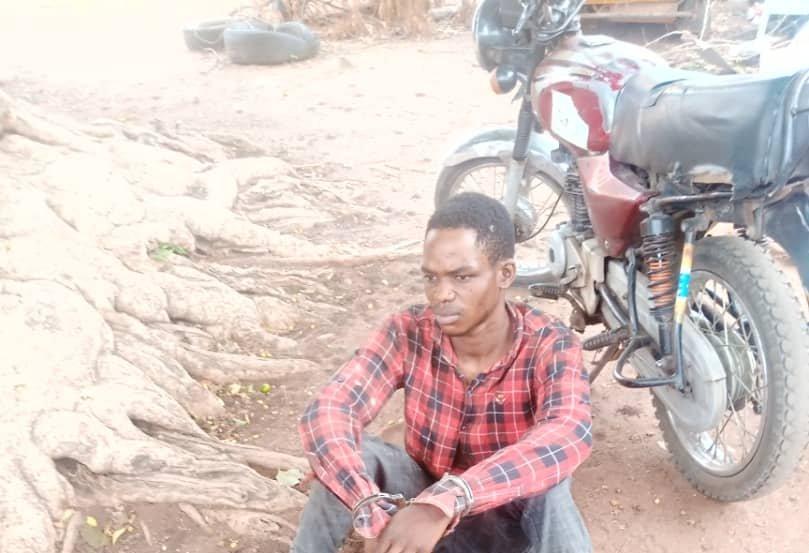 Man arrested with fresh human head, hands in Kwara
