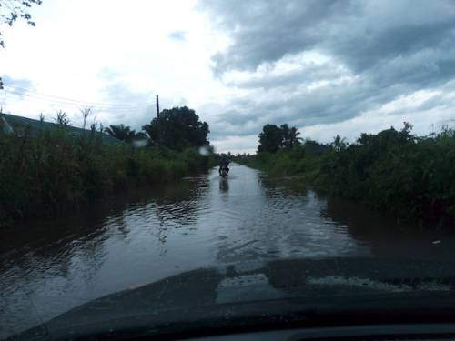 New N850million Road Awaiting Opening By Delta Governor, Okowa Impassable, Submerged By Rainwater