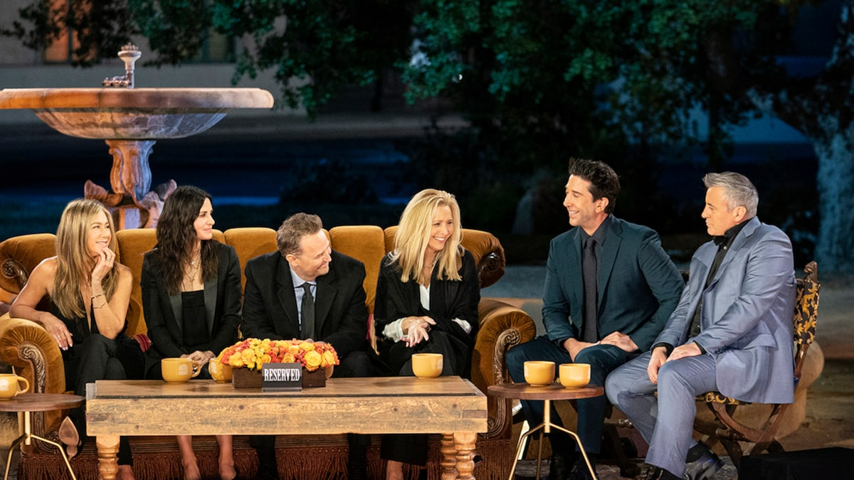 Jennifer Aniston, David Schwimmer Reveal Hard Crushes in 'Friends' Reunion