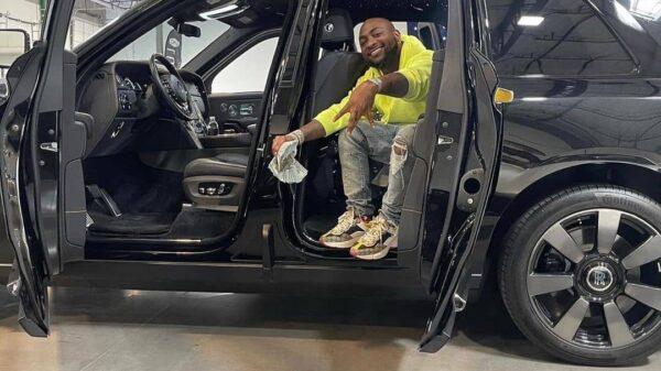 Davido Shows Off Multimillion Naira Car, Gold Chain & Chioma Dances Inside Jet (Video)