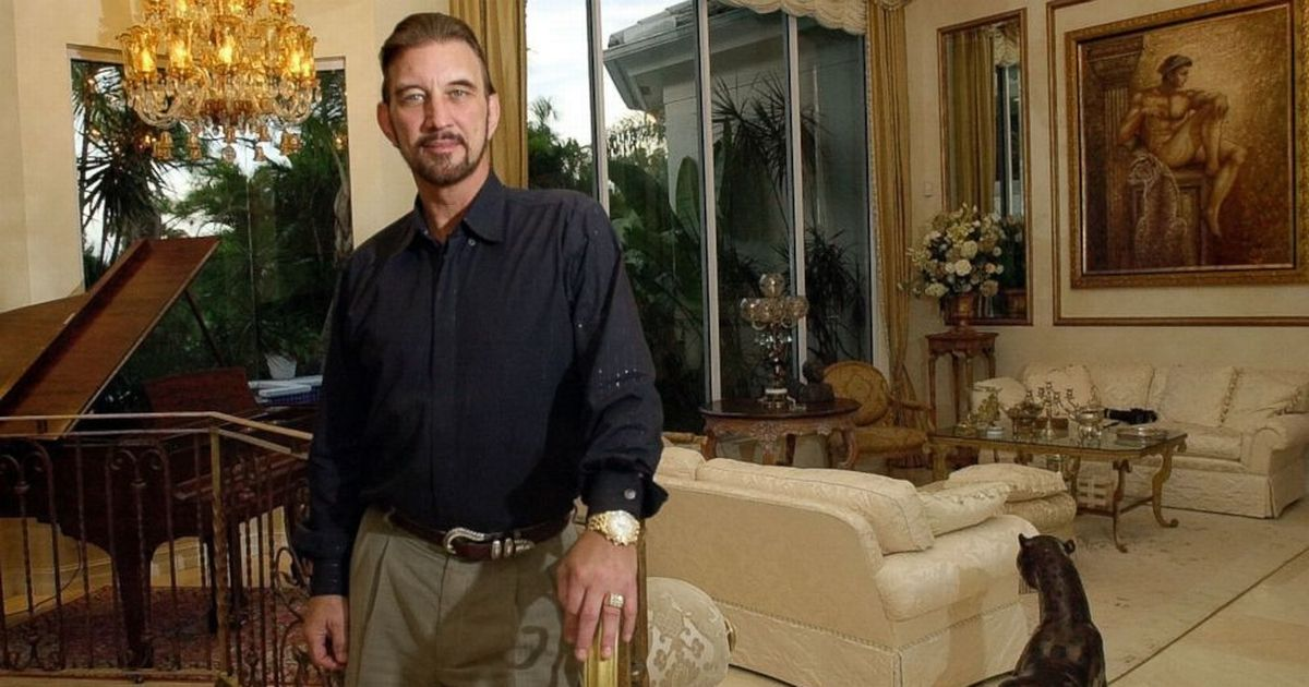 From mansions to living surrounded by drugs and own poo - lottery winner who lost it all