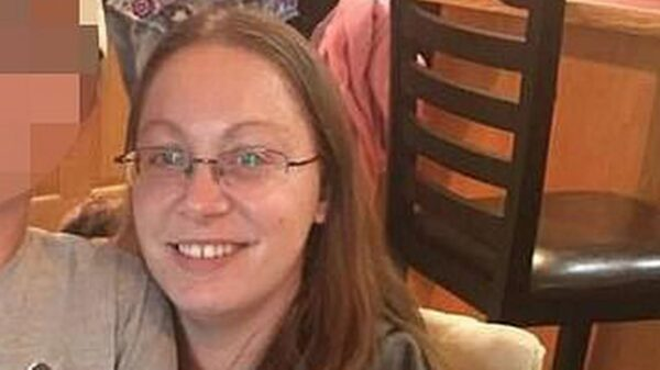 Woman married own dad after tricking doting boyfriend into 'trust game' and killing him