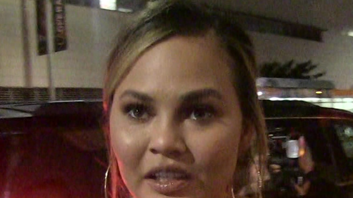 Chrissy Teigen Drops Out of Acting Gig Amid Courtney Stodden Bullying Claims
