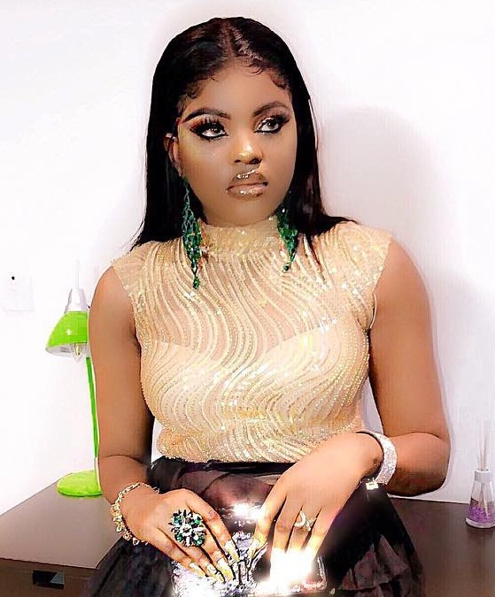 Oni Gbese! - Instagram Slay Queen, Teju Pretty Disgraced for Owing N1.055m for Over 1 Year (Video)