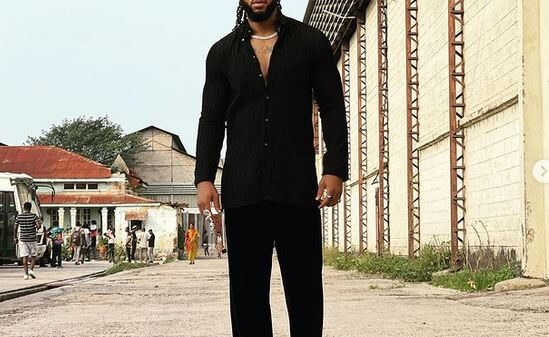 Flavour Reacts As Fans Call Him Out For Singing Gospel Songs Yet Rocking Curvy Women In Music Videos