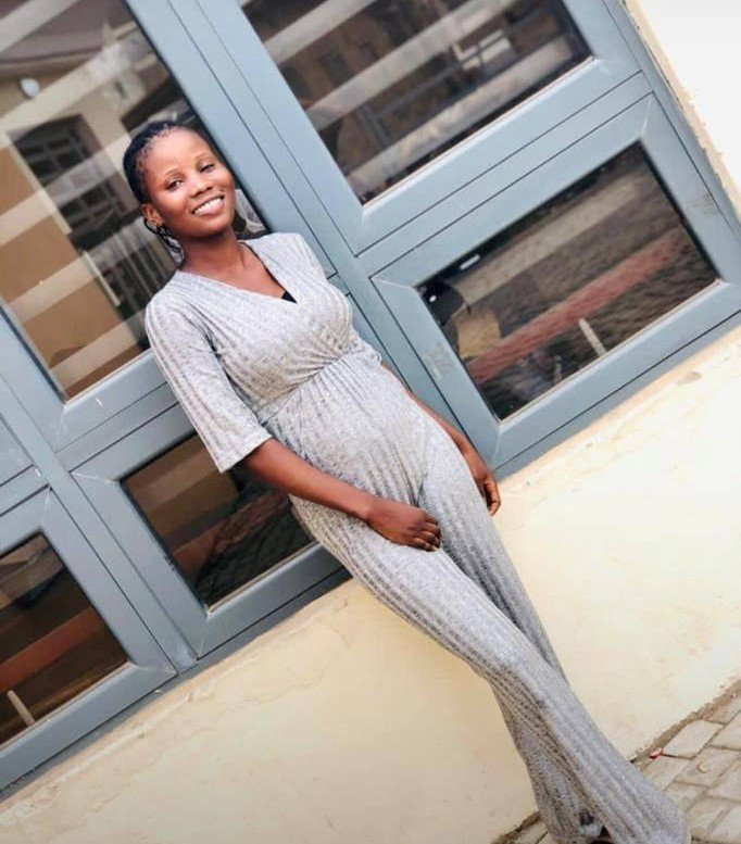 Tragedy As Final Year Ogun Poly Student Slumps, Dies While Taking Her Bath (Photo)