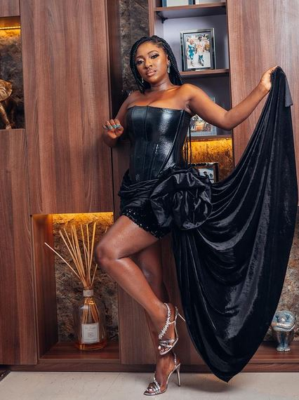 Actress Yvonne Jegede Cries Out After She Ran Out Of 7k fuel In Just Few Days