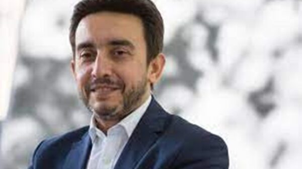 Portuguese politician, Bruno Maçães, reacts to FG's Twitter suspension