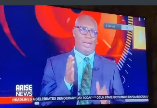 Newscaster Caught Expressing Disappointment Live On Air After President Buhari's Democracy Day Speech (Video)