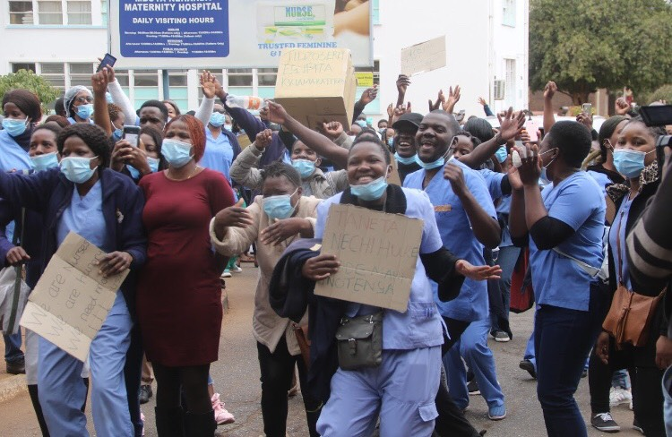Doctors, Nurses Barred From Striking For More Than Three Days