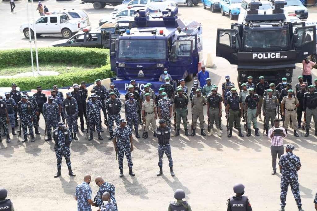 Police Begins Show Of Force Amid Tension Over Yoruba Nation Lagos Rally