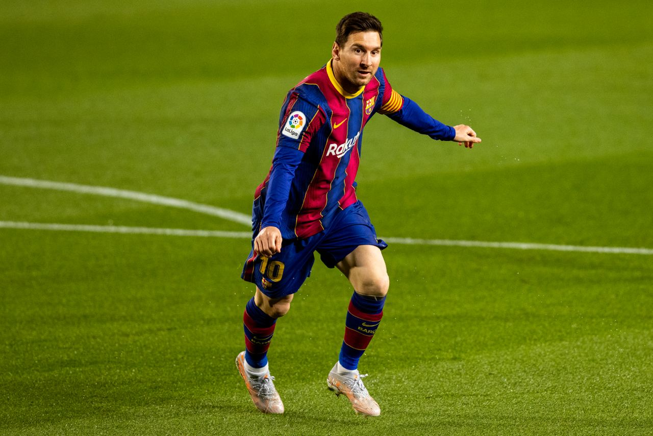 Lionel Messi Agrees Five-Year Barcelona Contract, Accepts Wage Cut