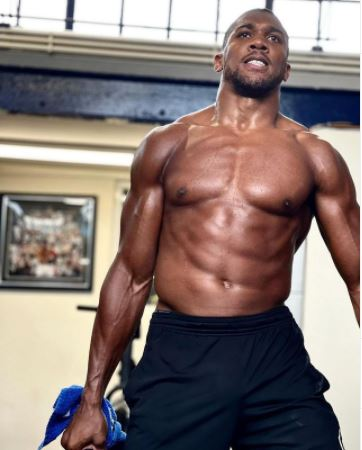Anthony Joshua Flaunts His Incredibly Fit Physique Ahead Of Oleksandr Usyk Fight (Photo)