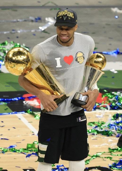 Nigeria's Giannis Antetokounmpo And The Milwaukee Bucks Are 2020/2021 NBA Champions