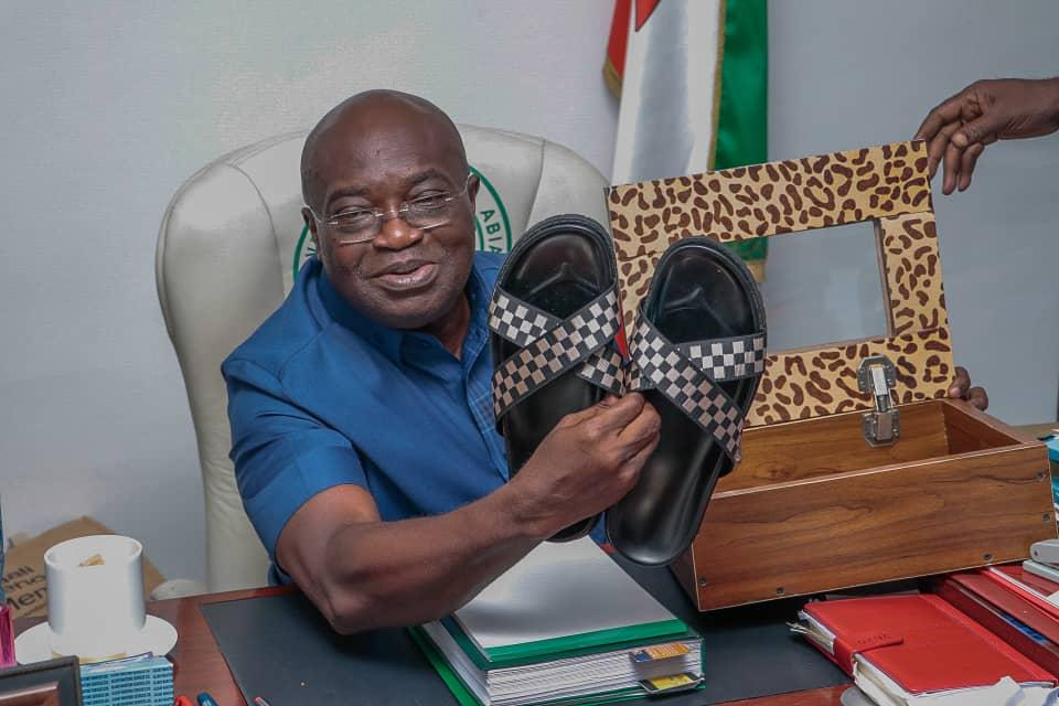 Governor Ikpeazu Shows Off First Pair of Sandals He Made in Aba-based Footwear Academy (Photos)