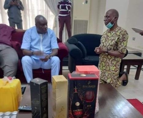 Disturbing Photo of Serving Senator James Manager Kneeling Before Ex-governor of Delta State James Ibori